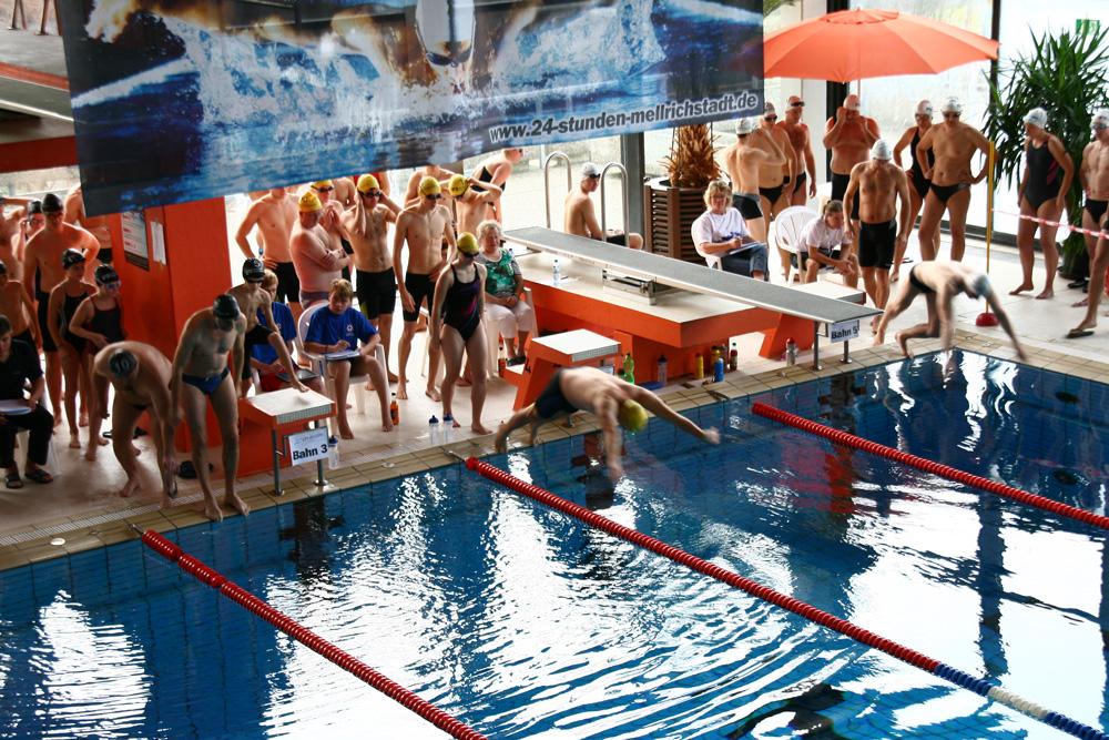 Start 10. Mellrichstädter 24-Stunden-Schwimmen